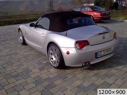 BMW Z4 pavee devant chez moi (2010)