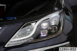 Hyundai Genesis  (2012)